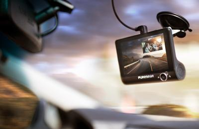 PureGear's Multitasking Dash Cam Watches the Road While Keeping You Connected